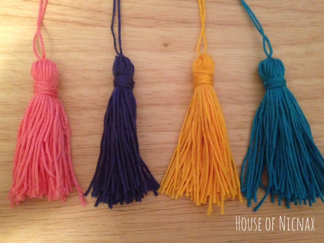 Easy tassel tutorial using embroidery thread. DIY Tutorial instructions can be found on www.houseofnicnax.com.au #Tassel #tutorial #DIY